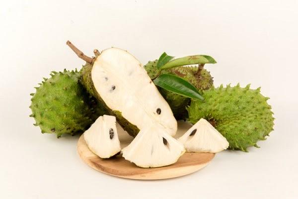 Mãng cầu là loại trái cây chứa nhiều vitamin và khoáng chất.